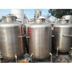废不锈钢价转让一批八成新600-1200L二手种子缸发酵罐图片