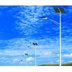 太阳能路灯 立杆生产厂家图片