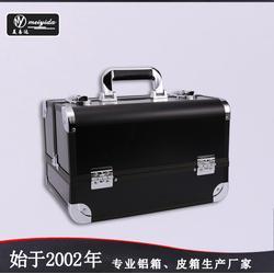 美易達大容量手提式雙開化妝箱 時尚廠家化妝箱 多功能化妝箱鋁箱圖片