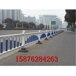 优质城市道路护栏 公路中间白色隔离栏 厂家直供图片