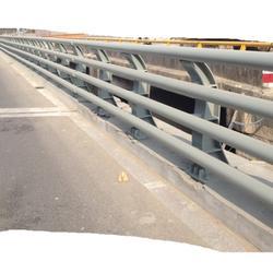 西藏灯光防撞护栏常用指南批发