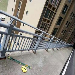 吴忠灯光护栏-龙哲护栏加工