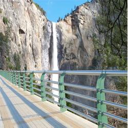 桥梁河道护栏值得信赖图片