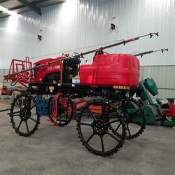 农用新款打药机 生产四轮打药机正规厂家能办理补贴图片