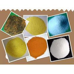 聚合氯化铝自来水絮凝剂使用方法图片