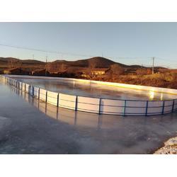 学校球场围板 围栏 挡板高分子塑料球场围板图片