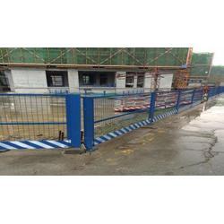 工地安全警示护栏基坑临时防护栏图片