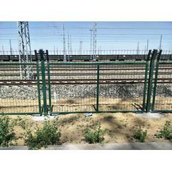 专业品质防护栅栏铁路栅栏防护图片