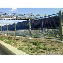 铁路栅栏防护生产厂防护栅栏图片