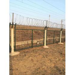 栅栏防护厂铁路防护栅栏图片