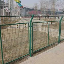 澳达供应公路护栏网球场围栏网