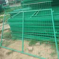 公路护栏网球场防护网图片