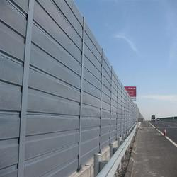 声屏障厂家直销金属声屏障隔音墙-高速公路次奥因-隔声屏障安装图片