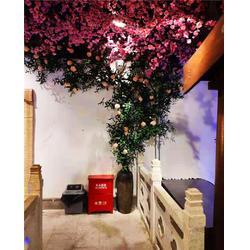 室内仿真树,仿真树,绿植墙,朔石假山,园林景观,商场美陈,仿真绿植,微景观制作图片