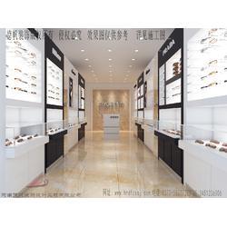 眼镜店柜台平时该如何保养 开放式展柜装修设计 眼镜店设计展示公司图片