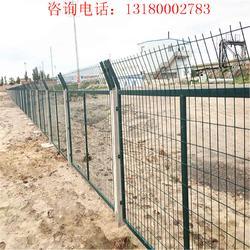 铁路隔离栅 铁路防护围栏 铁路护栏生产厂家图片