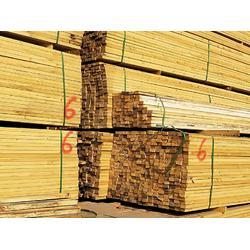 定西钢材货场-适中的钢材木材是由甘肃鑫港物流提供图片