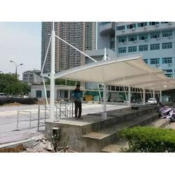 厂家供应膜结构停车棚-广东膜结构停车棚设计找哪家图片