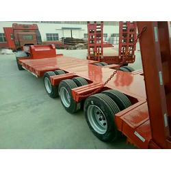 13米12.5米挖掘机专用拖板车轮胎外漏图片