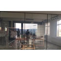 殴毅建材OY音乐清吧幕墙投影玻璃应用图片