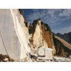 方解石原矿厂家-供应河南仁合汇金化工物超所值的方解石原矿图片