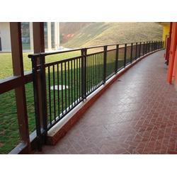 中凯护栏 锌钢护栏商家-湘西锌钢护栏