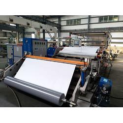 汽车地板革涂胶生产线图片