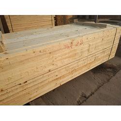 辐射松建筑木方多少钱-日照博胜木材加工厂图片