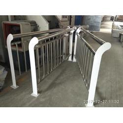 牡丹江不锈钢复合管护栏-山东飞龙不锈钢复合管图片
