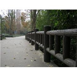 仿木围栏厂家-大量出售福建口碑好的仿木围栏