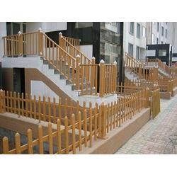 PVC护栏生产厂家-沈阳杰欣景观绿化工程有品质的pvc护栏图片