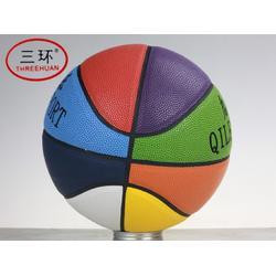 移动篮球架-可信赖的定制篮球设备图片