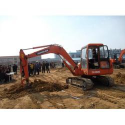 兰州挖掘机培训哪里找-甘肃专业甘肃挖掘机培训学校图片