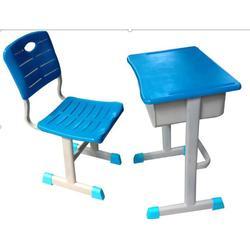 华鑫课桌椅贴心人性化设计