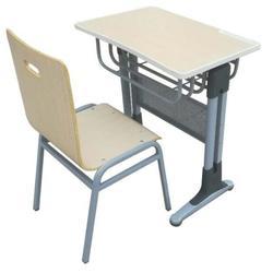 常年供应学生课桌椅舒誉牌图片