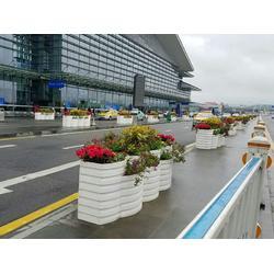 上海PVC户外微发泡花箱厂家-南宏园林绿化工程口碑好的PVC花箱供应图片