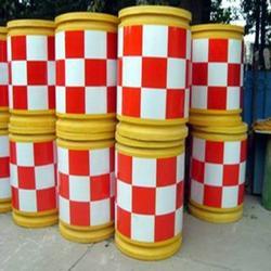 陕西防撞桶-选优良的防撞桶,就到恒则远交通设施图片