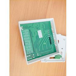 壁挂安装的一款RS485通讯型实验室用温湿度传感器 变送器图片