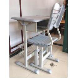 价位合理的西安生产课桌椅厂家-具有口碑的钢木课桌椅经销商-陕西朱雀公司图片