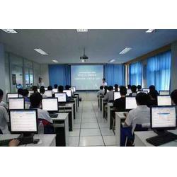 鹤壁计算机学校-河?#29616;?#21517;的计算机学校图片
