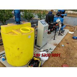 温室大棚滴灌手机电脑控制智能水肥利用和监控施肥机图片