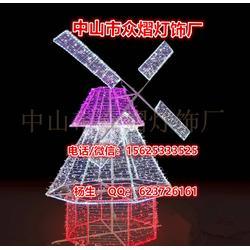 立体发光孔雀灯,3D大象造型灯 2.3m*1.8m 滴胶动物灯 找众熠提供图片