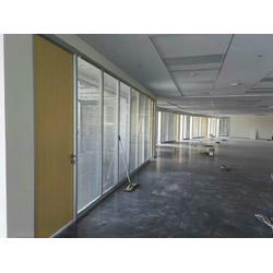 甘肃玻璃百叶隔断-兰州大型隔断工程公司图片