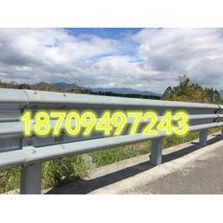 高速公路护栏板防撞波形护栏板图片