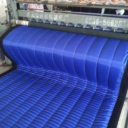 青海棉被加工厂-永登易农提供合格的大棚保温被钱柜娱乐图片