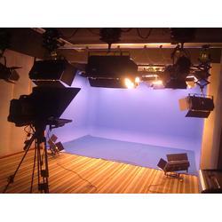 高清校园电视台虚拟演播室图片