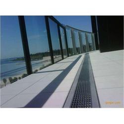 不锈钢缝隙式盖板 线性排水沟盖板 线性排水沟盖板厂家图片