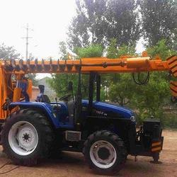 运杆立杆挖坑一体机拖拉机改四轮拖拉机加吊机图片