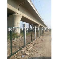 澜润丝网厂家供应铁路线路防护栅栏 铁路刺丝滚笼防护栅栏图片