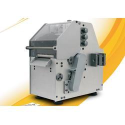单张吊牌标签打印机-产品信息合格证打印机-打印吊牌不勾丝档次高图片